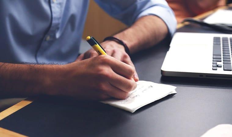 Voici comment bien rédiger un CV