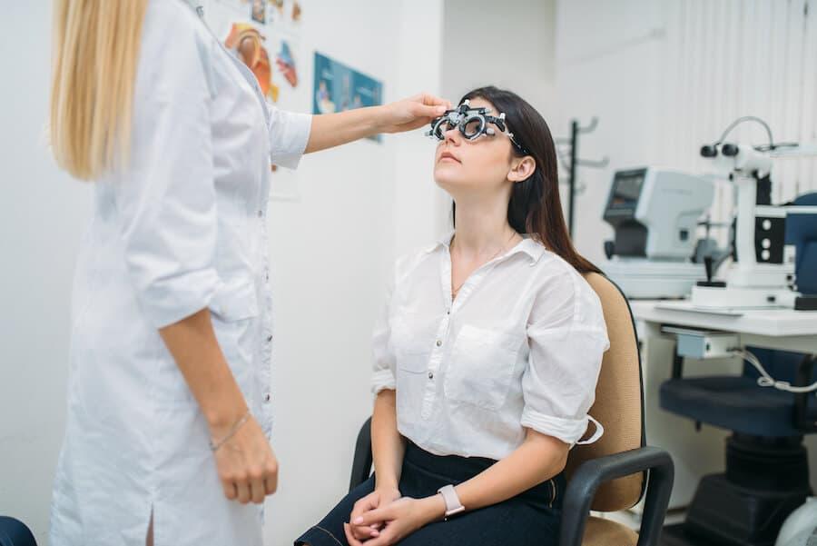 Salaire ophtalmo : combien gagne un ophtalmologiste en 2020