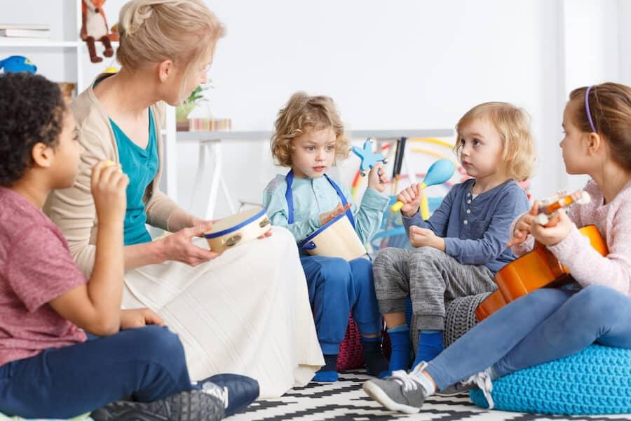 CAP Petite Enfance : travailler avec les enfants en 2020