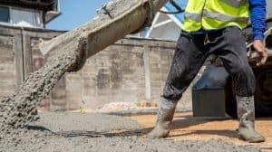 Coulage de béton sur un chantier