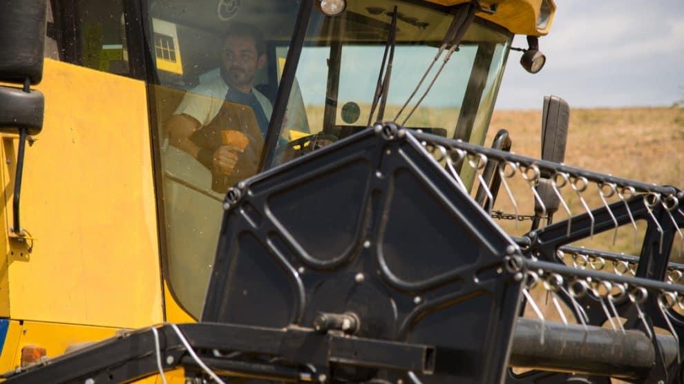 Conduite d'une machine agricole