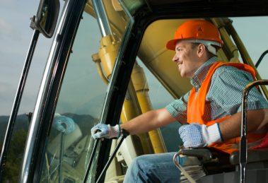 Conducteur d'un engin de chantier